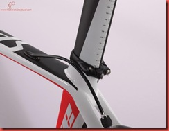 SW-VENGE_SEATPOST-AND-COLLAR