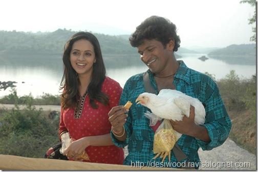 Jackie_Kannada_Movie_Working Stils8