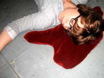 喋血枕頭 Blood Puddle Pillows (1)