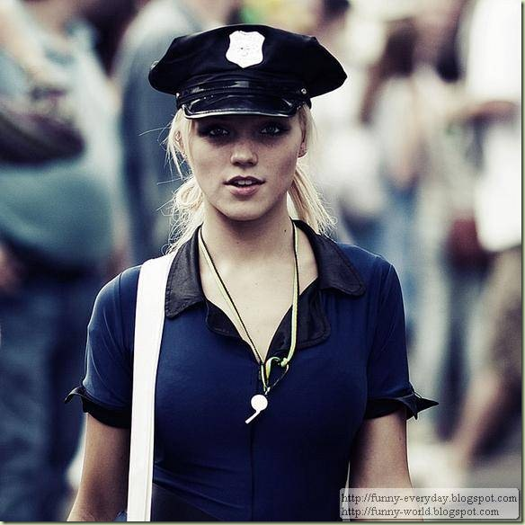 police-girls-and-women08