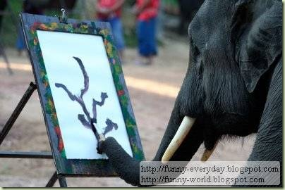 Elephants creativity paintings (1)