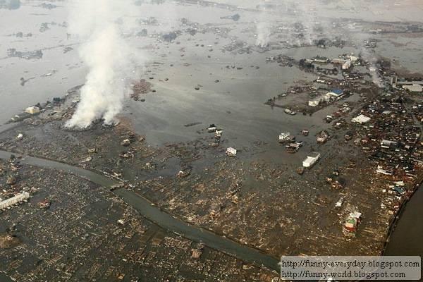 日本地震海嘯後空拍圖 (2)