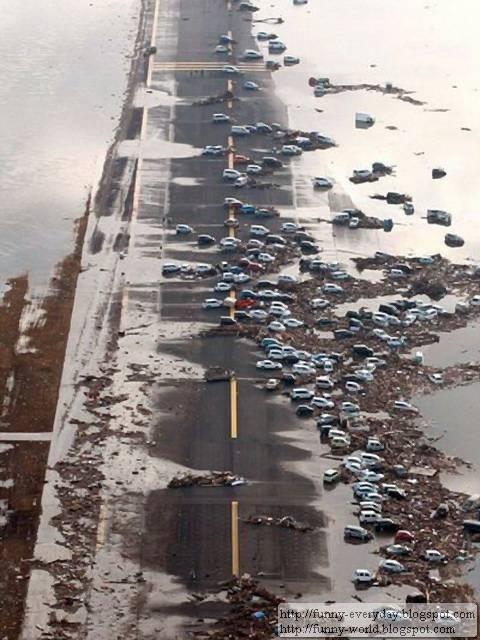 日本地震海嘯後空拍圖 (14)