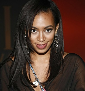 Solange Knowles Wardrobe Malfunction photo at the Toni Maticevski fashion show 2009