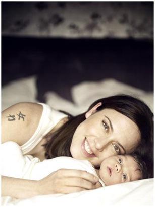 Melanie C Baby Girl Scarlett Starr Photo