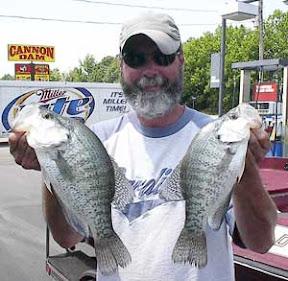 Mark twain lake chauffered fishing guide service in for Mark twain lake fishing report