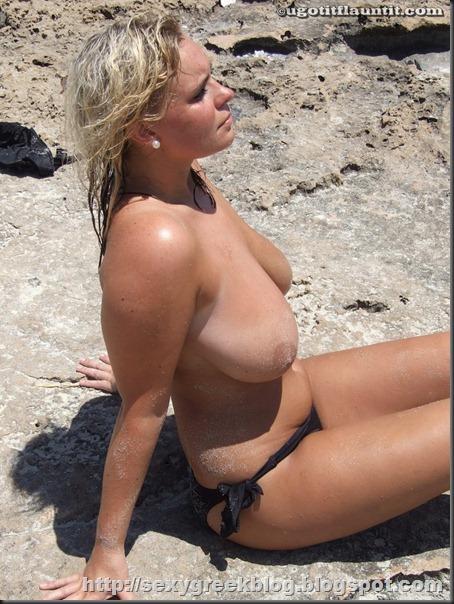 busty_blonde_bolton12
