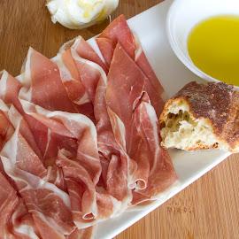 Prosciutto di Parma by Jessica Sacavage - Food & Drink Meats & Cheeses ( buratta, bread, prosciutto, parma, cheese, burratta, oil )
