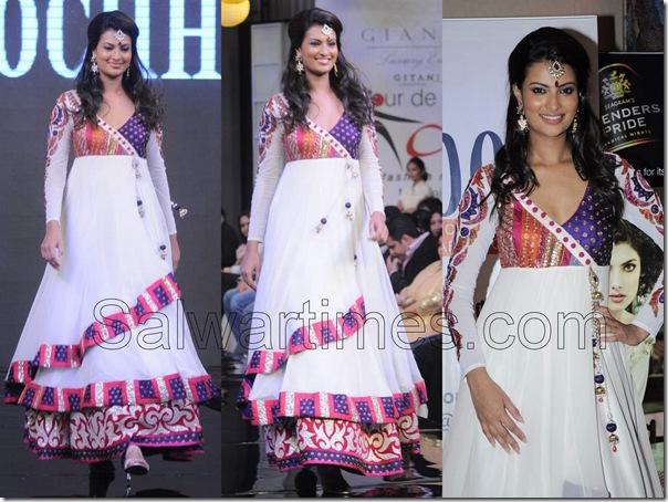 Sayili_Bhagatt_White_Designer_salwar_kameez