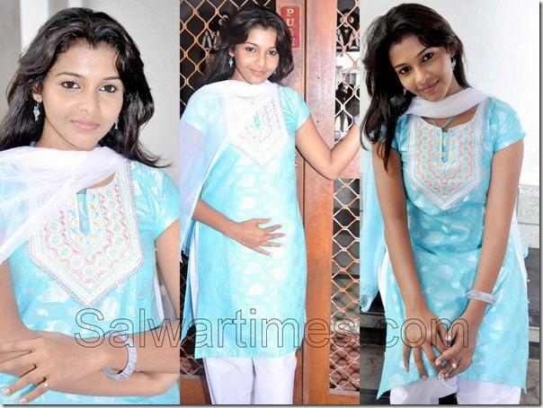 Saranya_Designer_Salwar_kameez