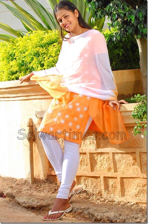 Sindhu_Menonn_Designer_Salwar_Kameez