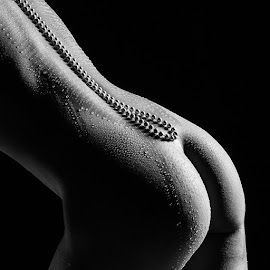 by Dirk Peschen Fotografie - Nudes & Boudoir Artistic Nude ( water, black and white, pearls )