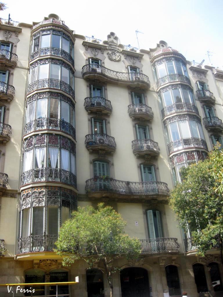 Casa parets de plet barcelona modernista - Casas modernistas barcelona ...