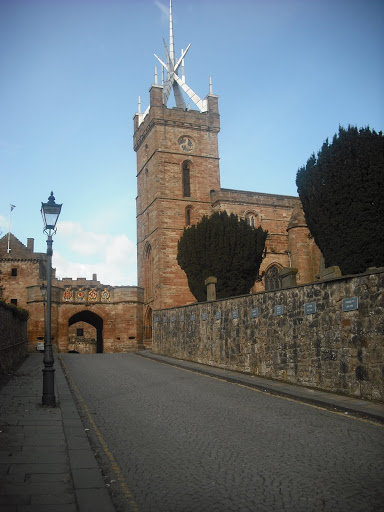 scots spooky lady appears september 930am 1130am sunlight position Entrance To Linlithgow Palace