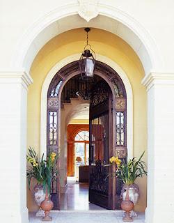 2-lush-life-doorway-dec0707_xlg.jpg