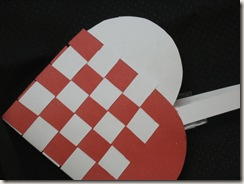 Danish paper heart basket