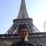 Missionário em Paris.jpg