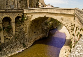 vaison-bridge