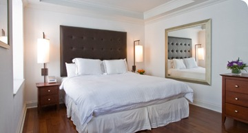 NewYorkCity-AKA-Sutton-Place-2-Bedroom-Deluxe-Suite-akasuttonplacehotelnewyorkbedroomnew-1