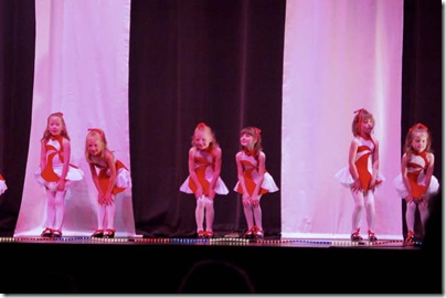 2009_0603_TDC-dancerecital2009-145_filtered