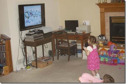 2009_1018_Sarah-Wii-3