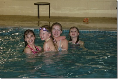 2011_0319_TDC-DEA2011-swimming-2-w