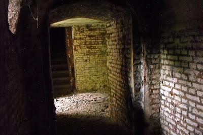 ziduri - fort - bucuresti