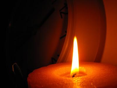 noapte buna, timp. Time. Candle.