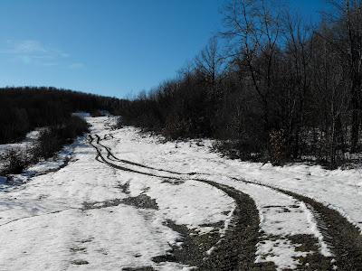Tehomir. Iarna. Pe dealuri
