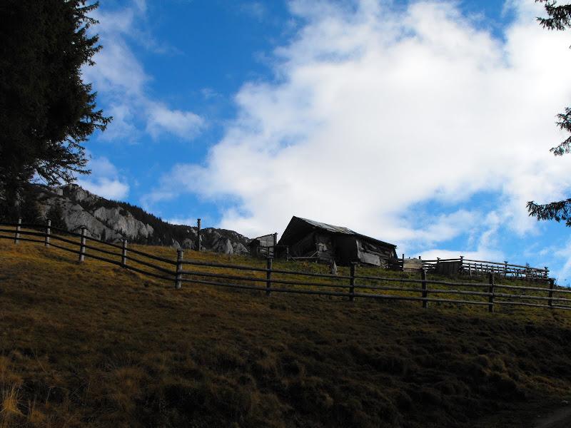 Piatra Craiului. Cabana Curmatura