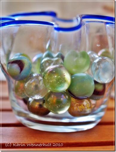 Grön-oblåtonerglaskulor