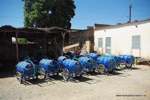 charettes pour l'eau
