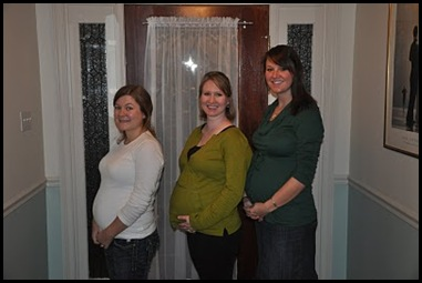 Week 32 Pregnant friends