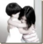 abrazo_distinto