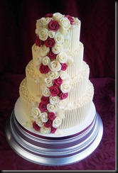 4-tier-Chocolate-Curls-and-Red-Roses