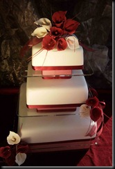 3-tier-Perslex-layers-and-lillies