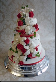 3-tier-lillie-and-roses-in-red