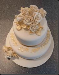 50-Anniversary-Cake-2-tier-roses-