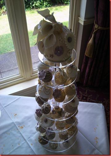 Bauble Cake Dunkenhalgh
