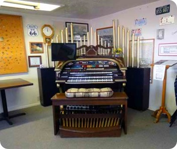 wurlitzer-organ
