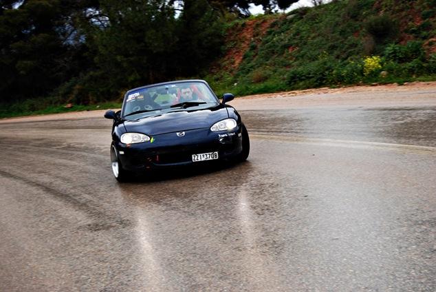 Miata drifting