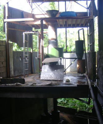 http://lh4.ggpht.com/_GJLImLZvcJc/SgqoBsV7E5I/AAAAAAAADiM/y8S8of5o3d8/s400/Gasifier.JPG