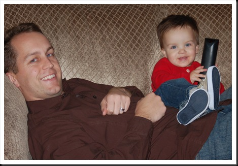 chillin with dad on couch-1
