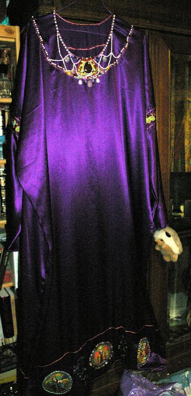 Costume Ottonien de Corwina SG1L0100