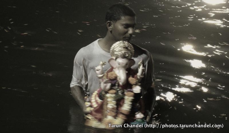 Night Ganesh Visarjan Festival Mumbai, Tarun Chandel Photoblog