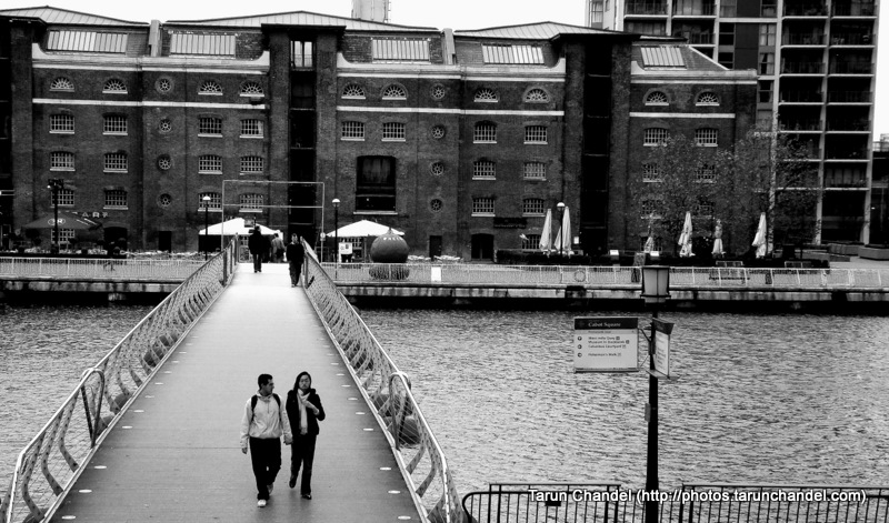 London Couple Cabot Square Canary Wharf, Tarun Chandel Photoblog