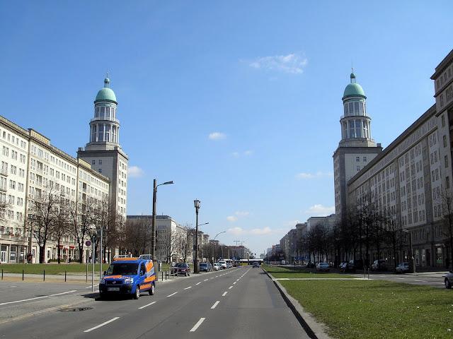 ☭ LA HUELLA SOCIALISTA SOVIETICA EN BERLIN ALEMANIA ☭ 132a%20-%20Frankfurter%20Tor