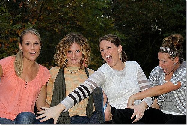 fall 2010 sisters growl
