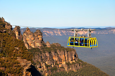 three sisters in the blue mountains with skyway ride