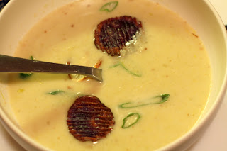 picture of potato, turnip, and leek soup